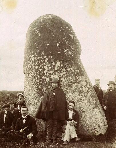 1897 la peiro plantado menhir de picarel 1