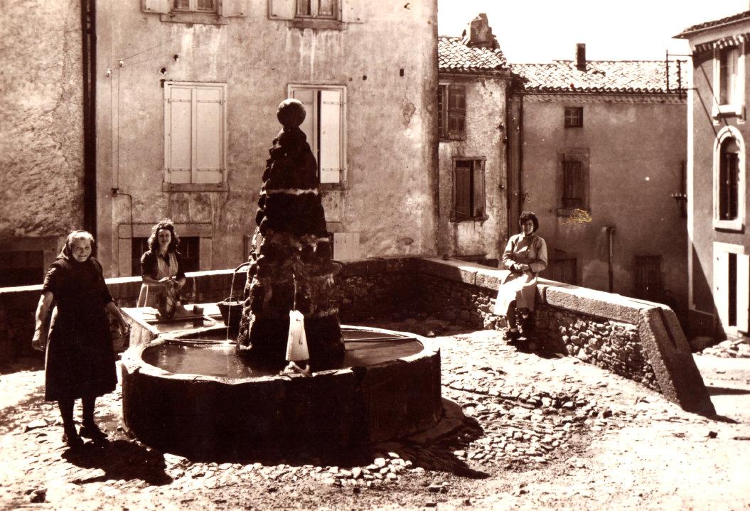 Place aux herbes 1935env